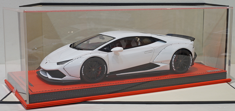 MR 1/18 Lamborghini Huracan LB Performance White