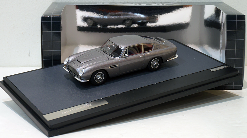 1/43 Aston Martin DB6 Grey Met.