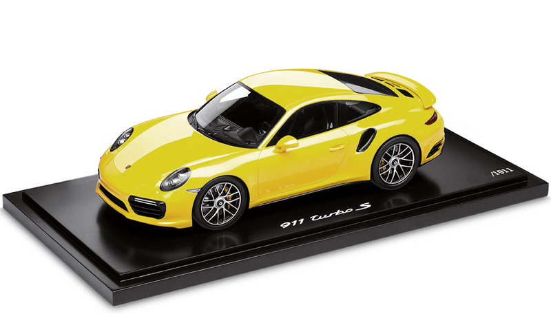 Minichamps 1/18 Porsche 911 (991) II Turbo S Yellow